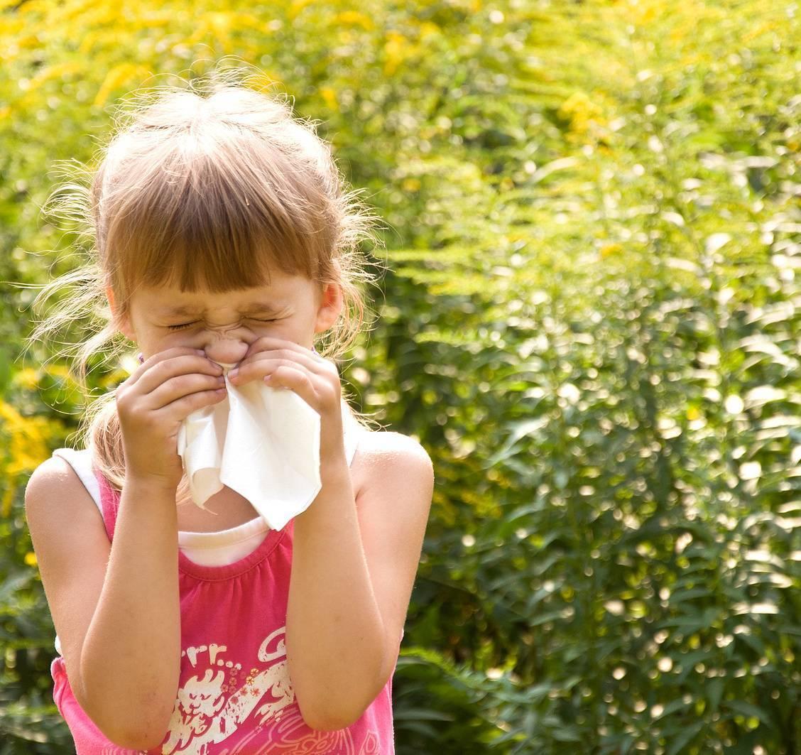 Аллергический ринит: лечение у детей. список лекарств от аллергии. диатез и аллергия у детей
