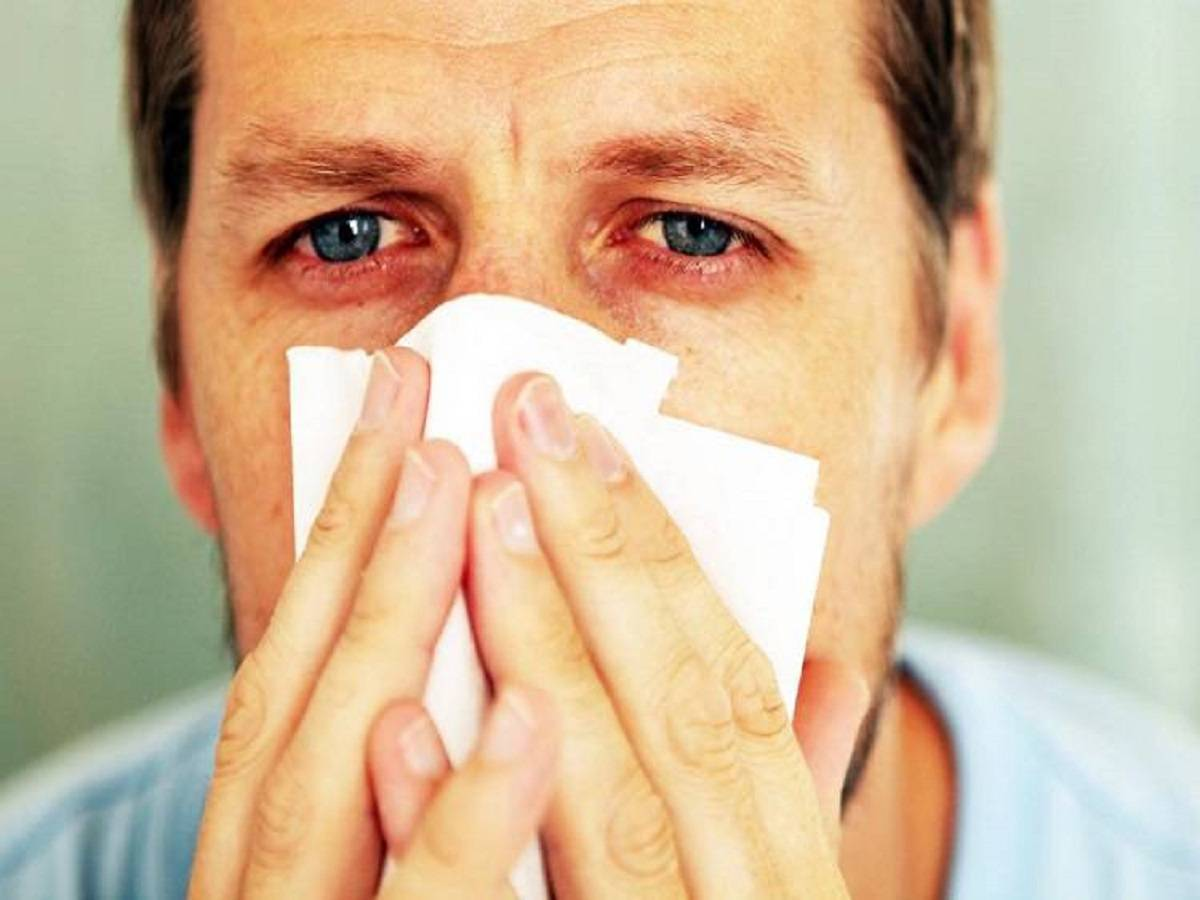 Причины и лечение заложенного носа и температуры у ребёнка