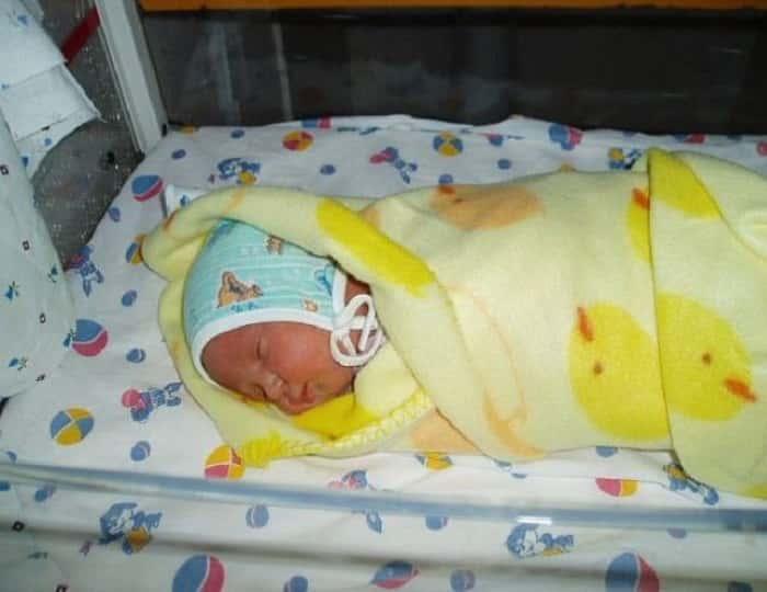 Нужна ли глюкоза при желтухе у новорождённых