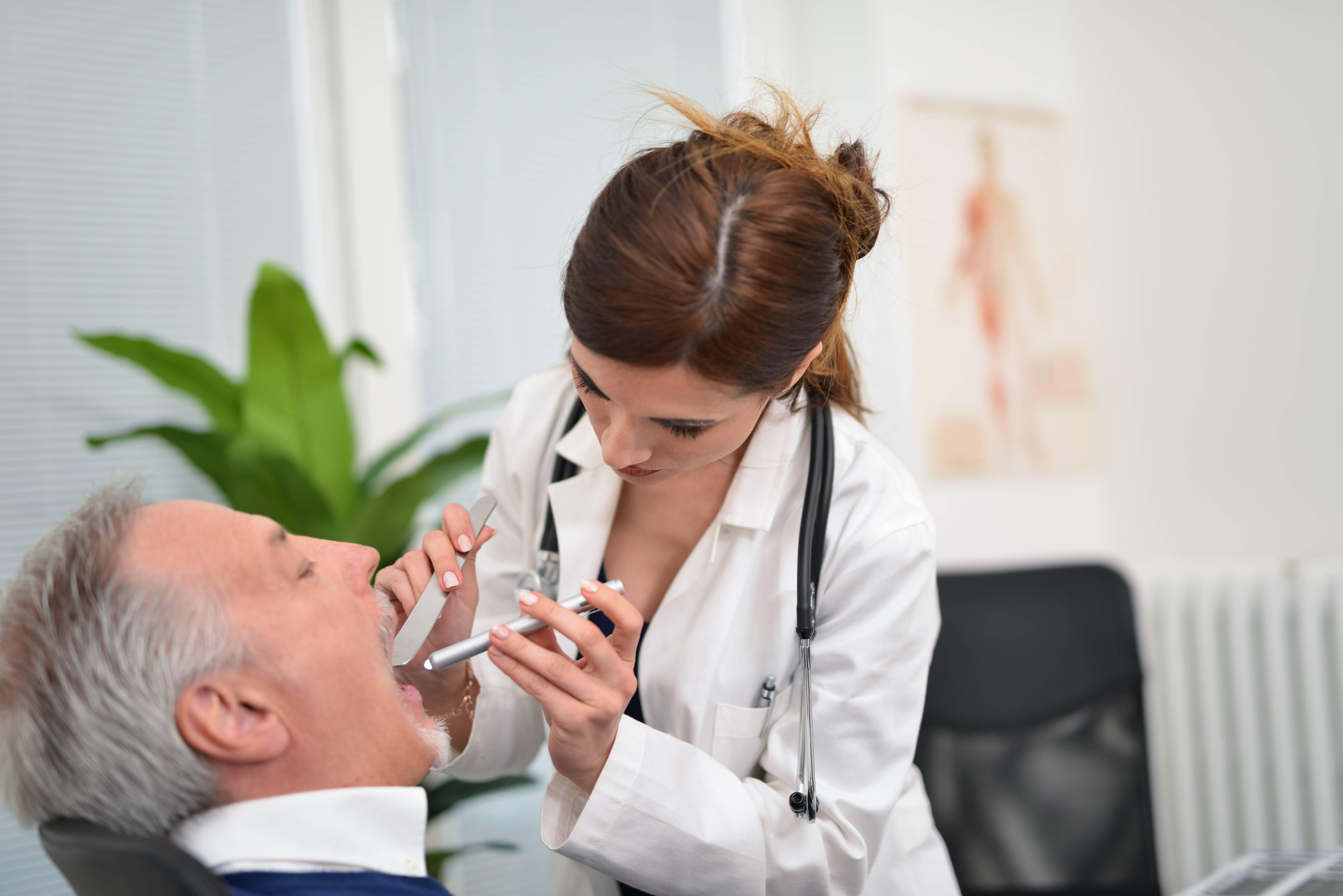 Воспаление носоглотки: причины, симптомы. лечение воспаления носоглотки