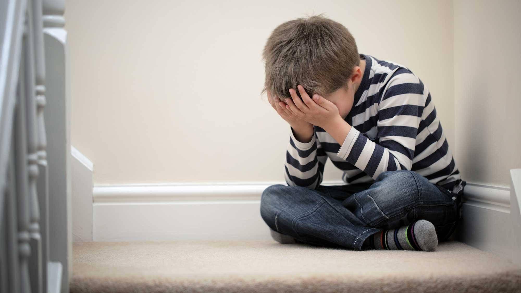 Сложности лечения подростковой депрессии, её признаки и способы предотвратить