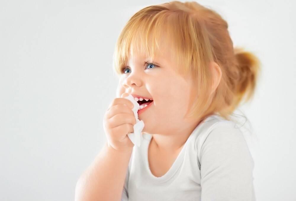 сильный сухой кашель у ребенка