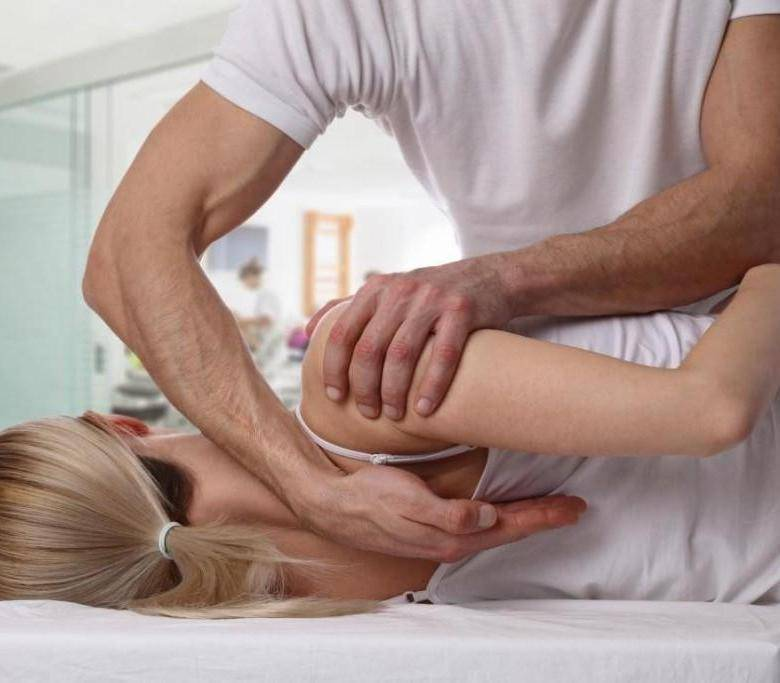 Со спортом по жизни: комплексы полезных упражнений при межреберной невралгии