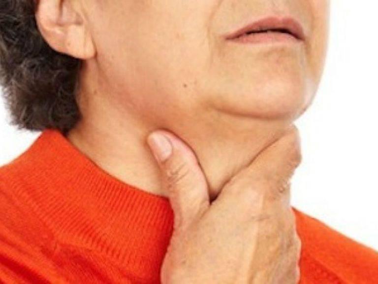 Ощущение волос в горле (как будто застрял): причины и лечение, как вытащить волос из горла