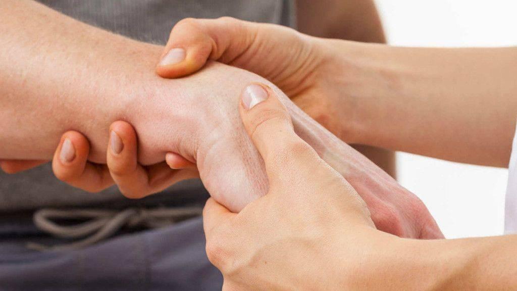 Алкогольная полинейропатия: причины заболевания, основные симптомы, лечение и профилактика