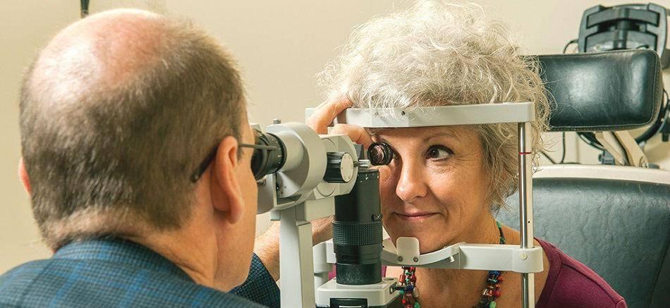 Операции на сетчатке глаза