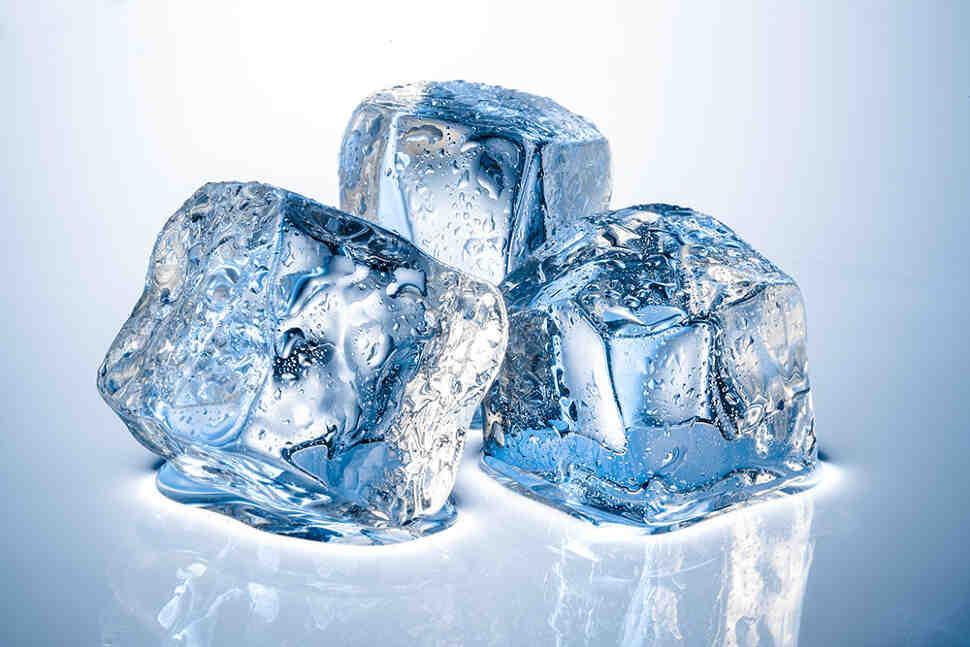Лечение геморроя холодной водой и льдом - разновидности процедуры
