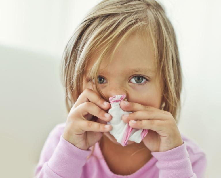 сильный насморк без температуры у взрослого