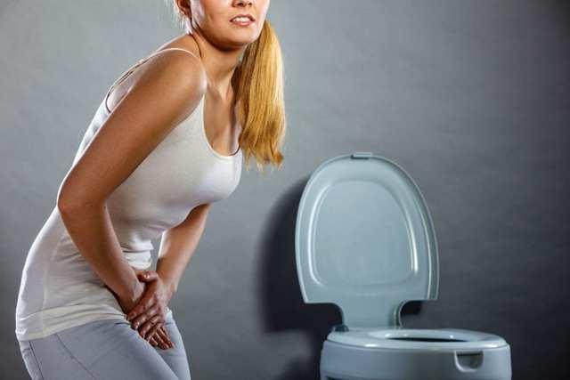 Может ли при цистите болеть поясница у женщин