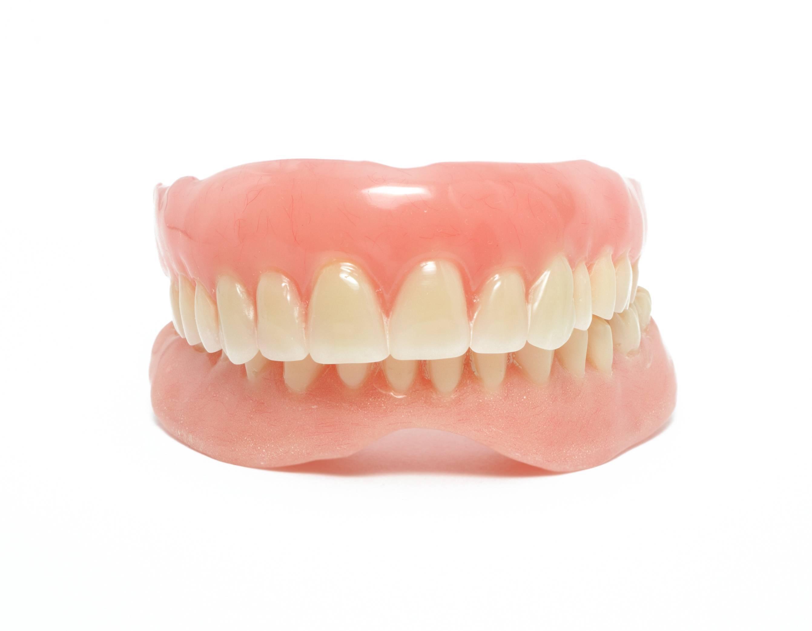 Что такое современное протезирование зубов