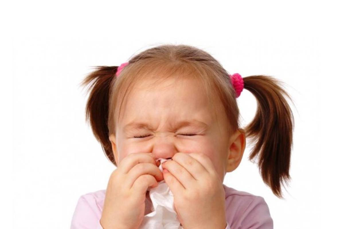 Может ли появляться кашель от соплей у ребенка и как его лечить?