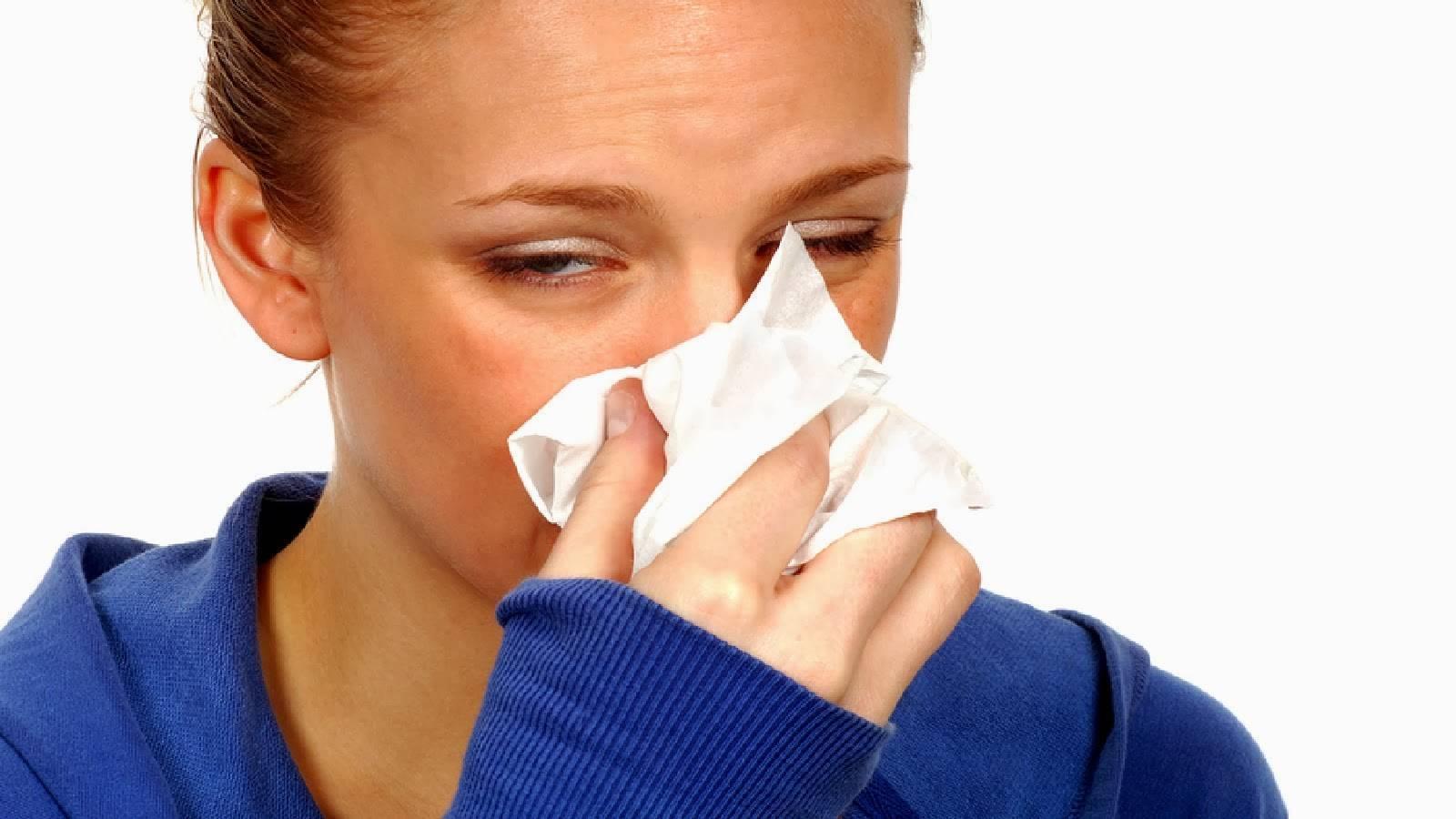 симптомы насморк и чихание