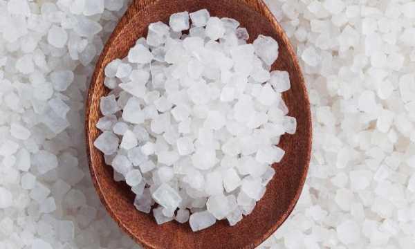 Полоскание горла содой и солью