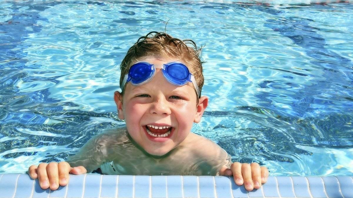 Можно ли с насморком ходить в бассейн?
