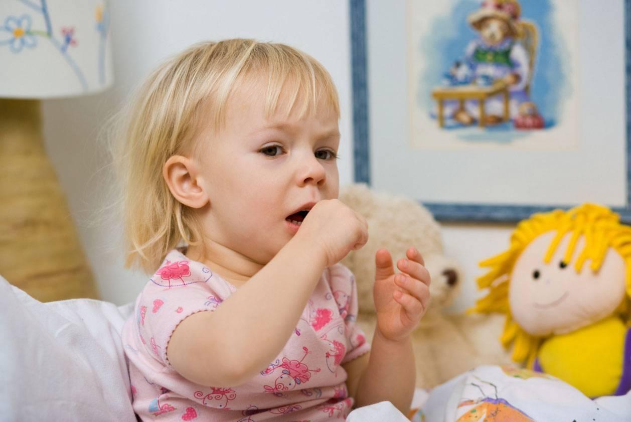 Кашель у ребенка 1год чем лечить без температуры