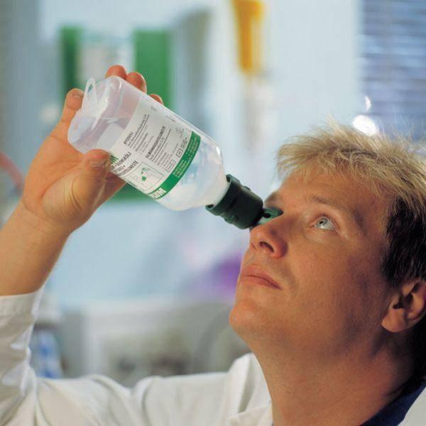 Химический ожог глаза: причины заболевания, основные симптомы, лечение и профилактика