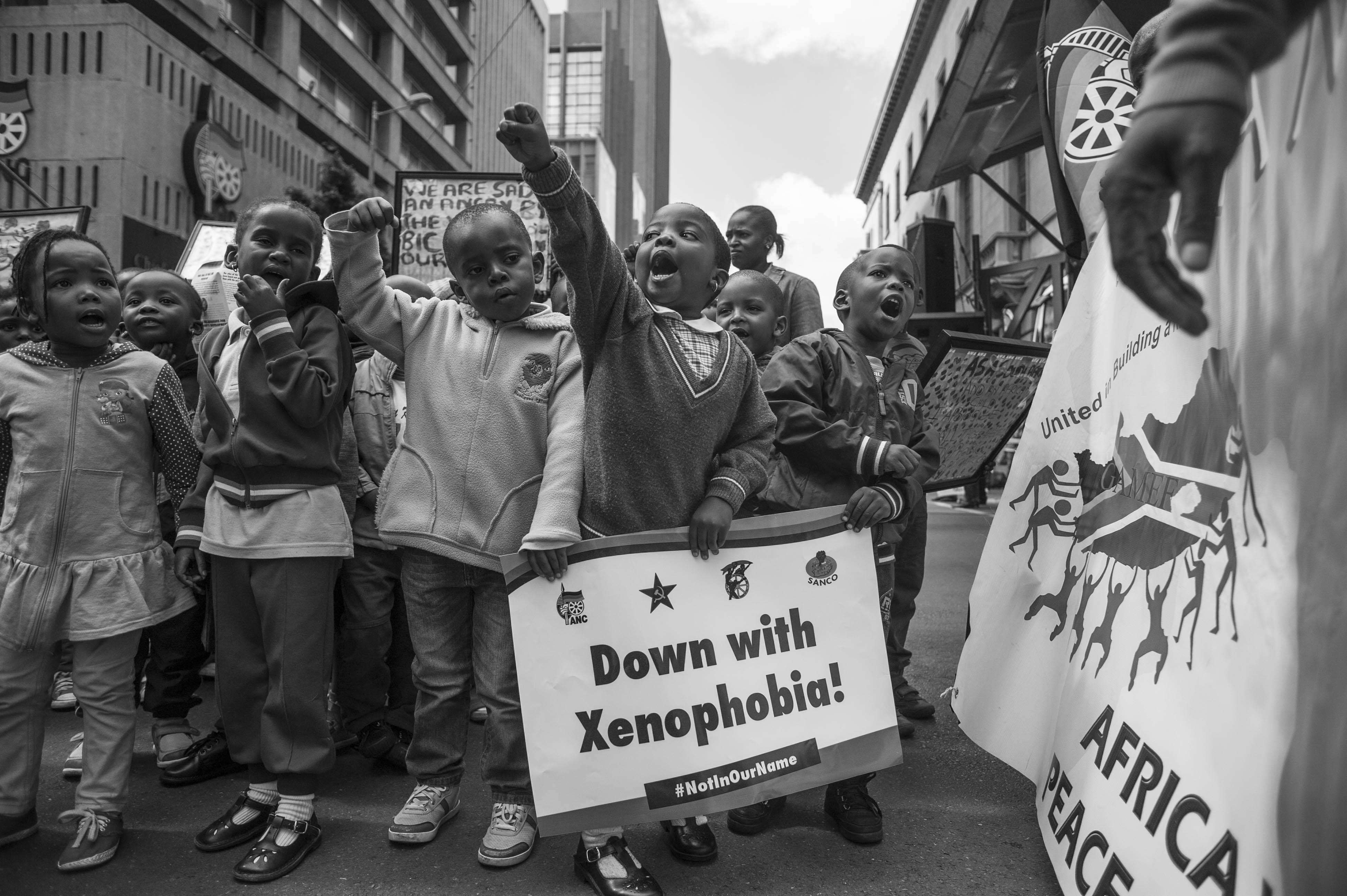 что означает понятие ксенофобия