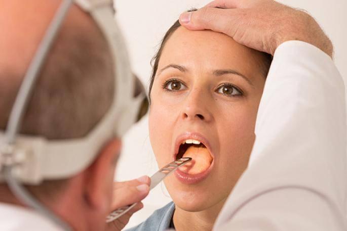 Стоматит в горле у взрослых