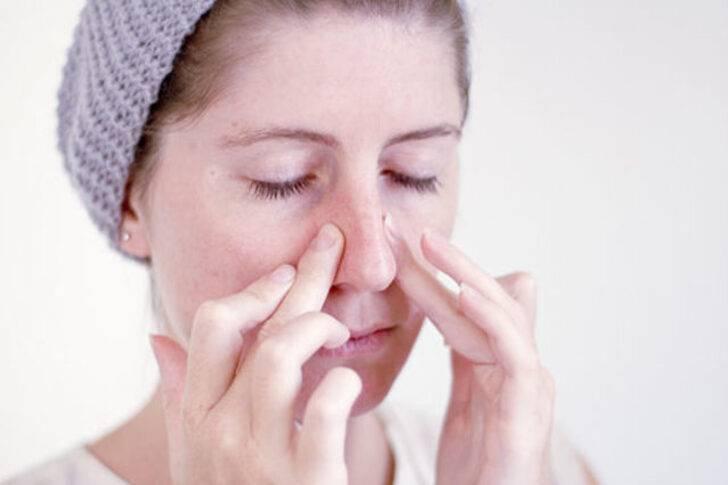 Осложнение на уши после простуды у ребенка. чем лечить осложнение, что пошло на уши после простуды. что делать, как лечить