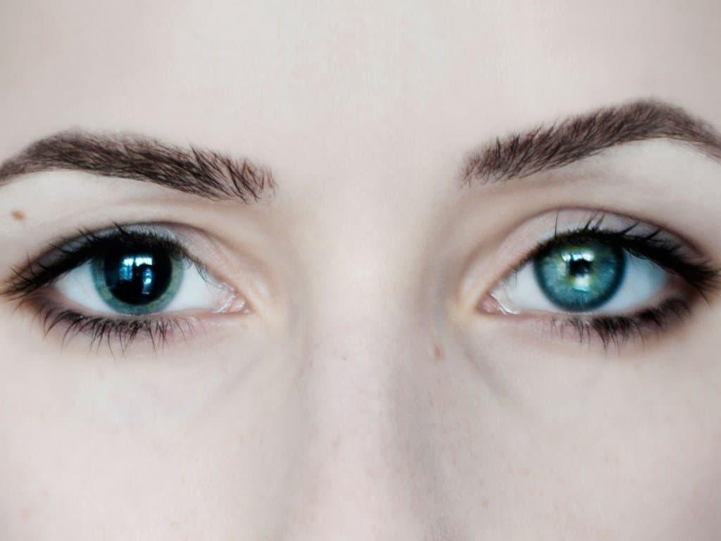 Почему глаза видят цвета по-разному
