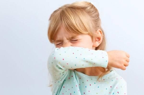 Внезапный сухой кашель у ребенка хрип