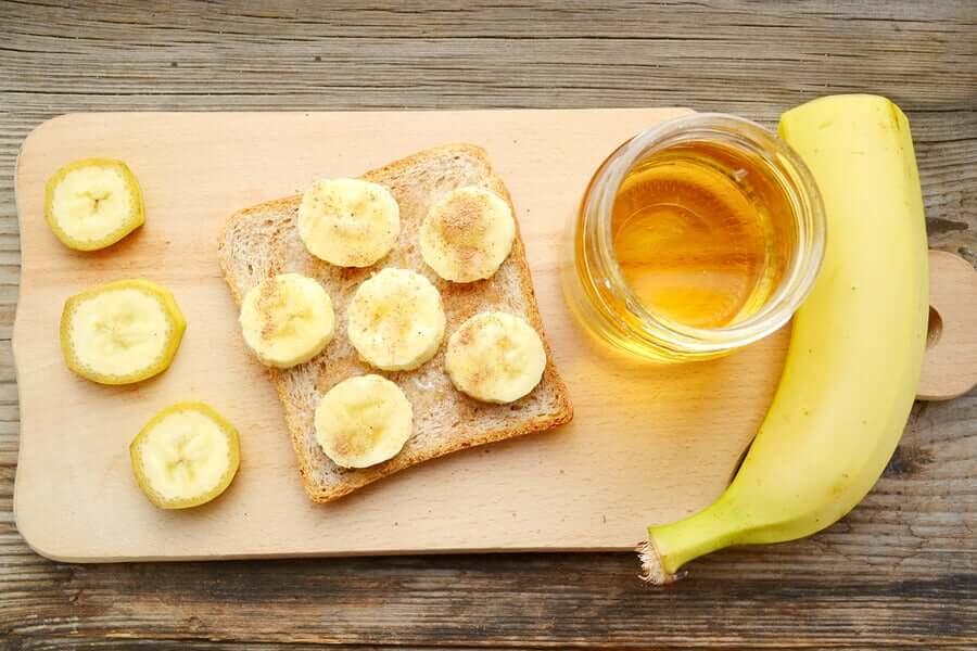 Бананы от кашля можно ли давать ребенку в год