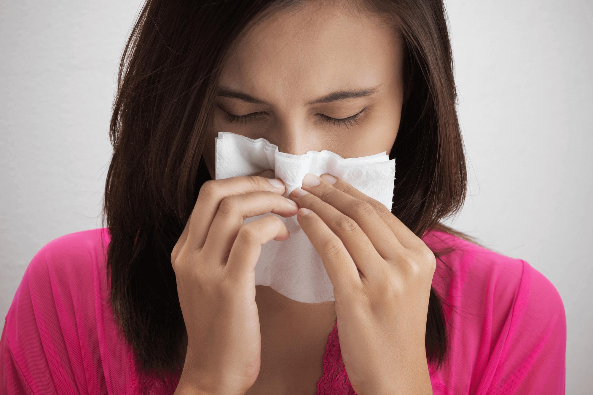 Длительный насморк у взрослых: причины и лечение