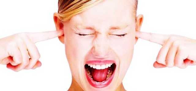 гул в ухе причины и лечение