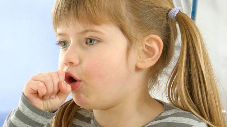 Почему ребенок покашливает без признаков простуды – нужно ли лечиться?