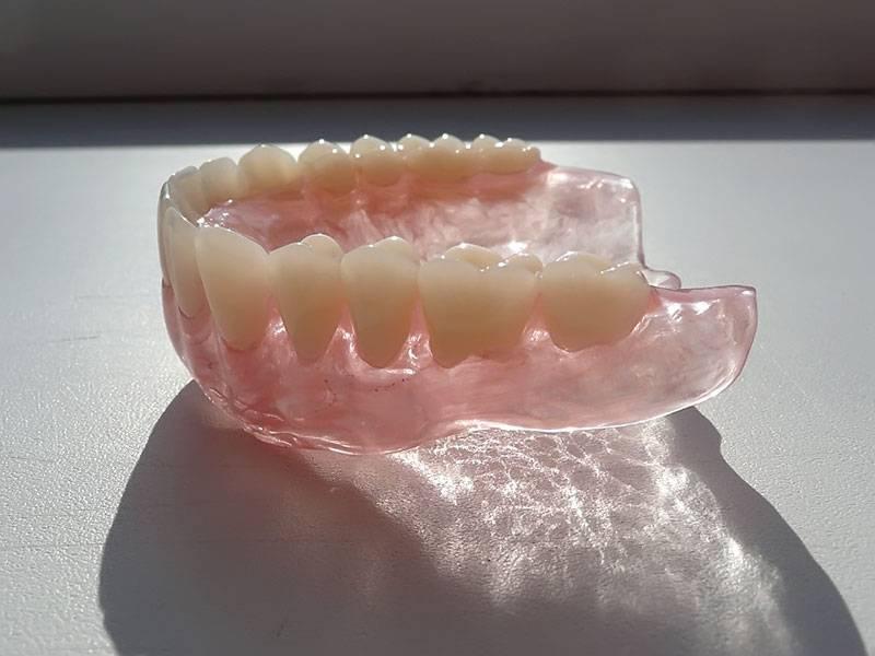 Отзывы о силиконовых съемных зубных протезах