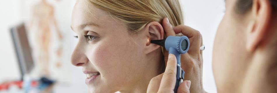 Кровотечение из уха: причины и способы лечения