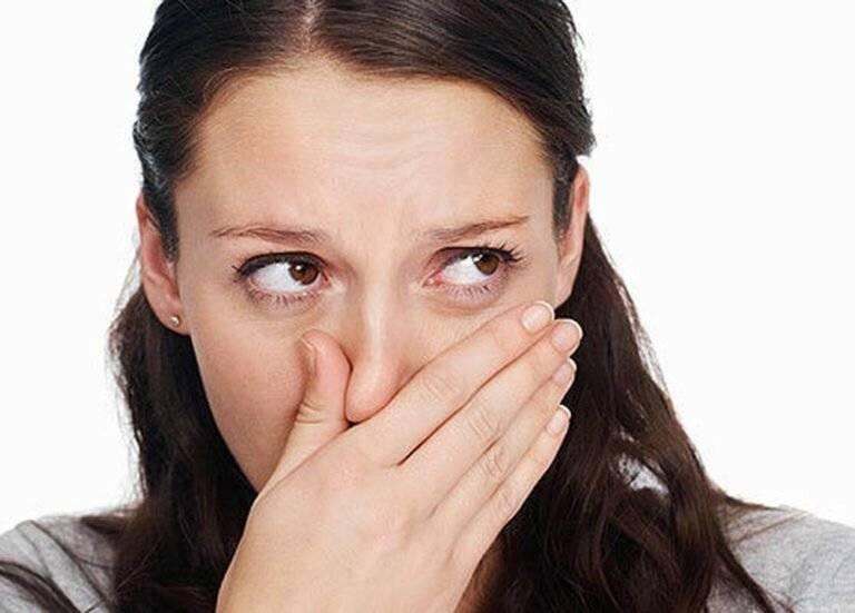 посторонний запах в носу причины