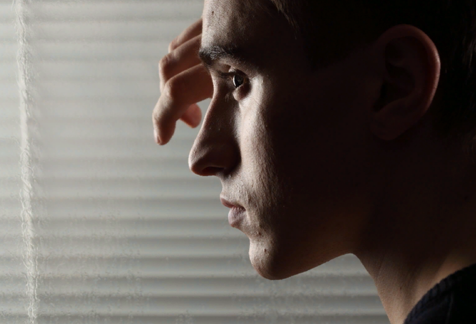 Боязнь людей: как называется фобия и как с ней бороться?