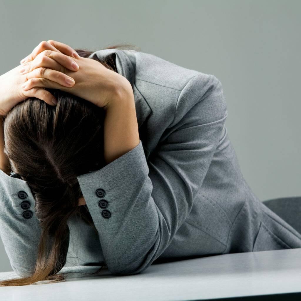 Как женщинам и мужчинам выйти из депрессии после развода?