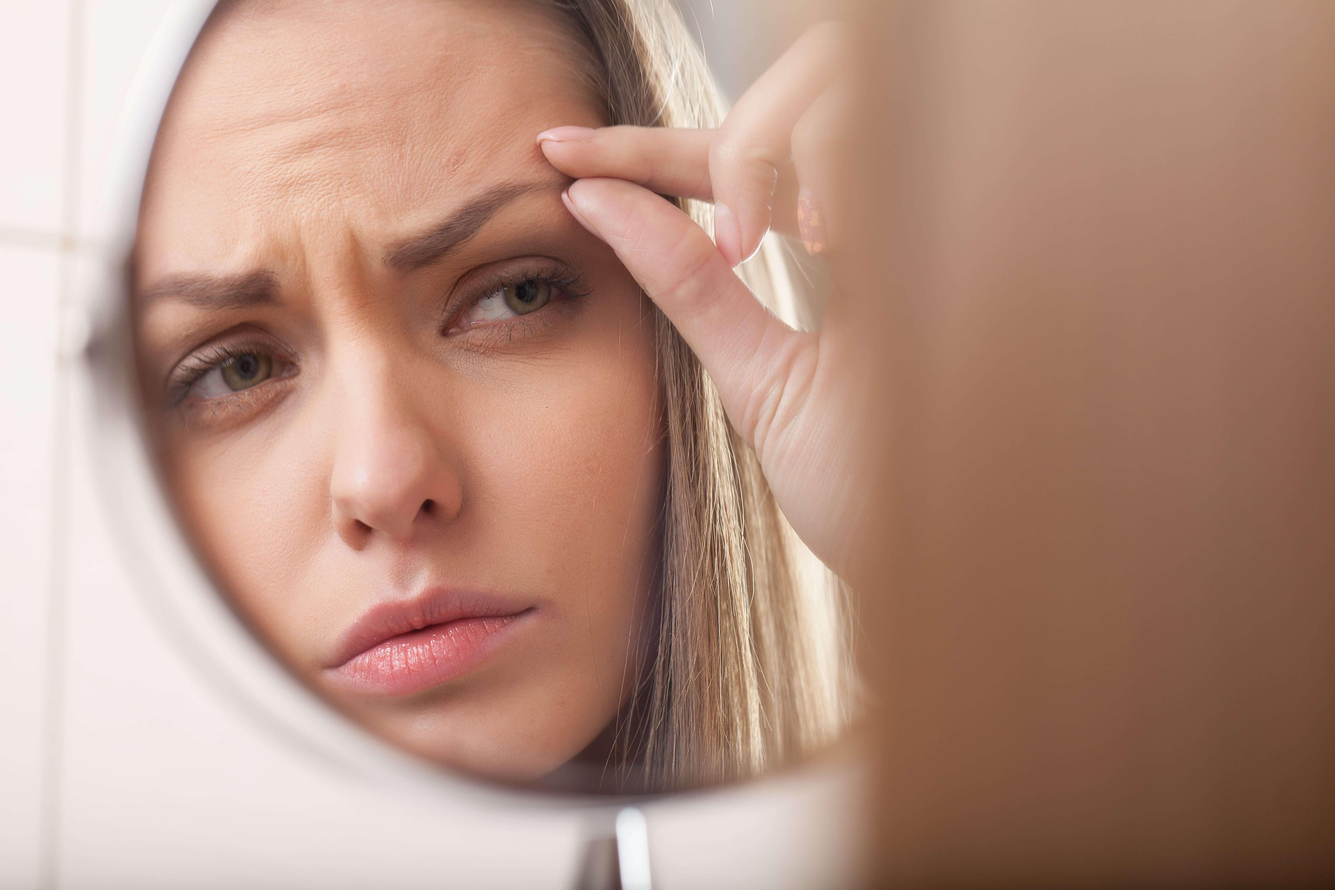 Симптомы, причины и лечение синдрома дисморфофобии