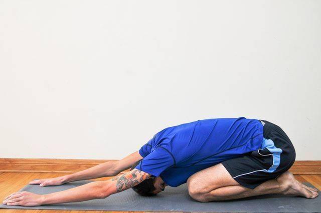 Гимнастика при геморрое: основные упражнения и техника выполнения