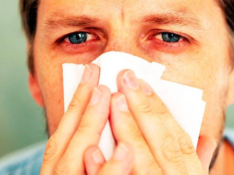 У ребенка слезится один глаз и насморк лечение