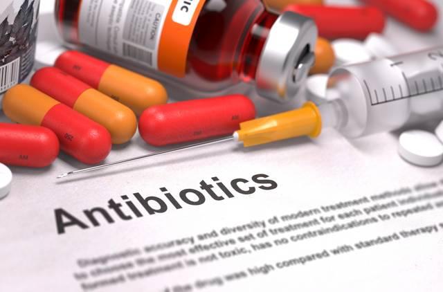 Лечение ангины антибиотиками [4 группы препаратов]