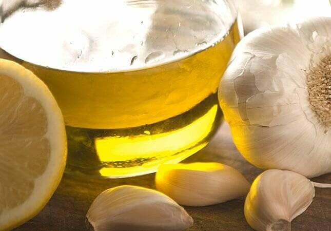 8 рецептов народных средств из чеснока для чистки сосудов от холестерина