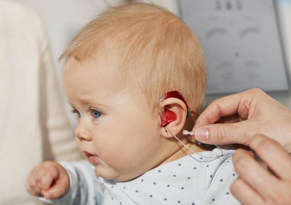 Пятнадцать раз повторяю, а он не слышит! почему это происходит у детей с нормальным слухом