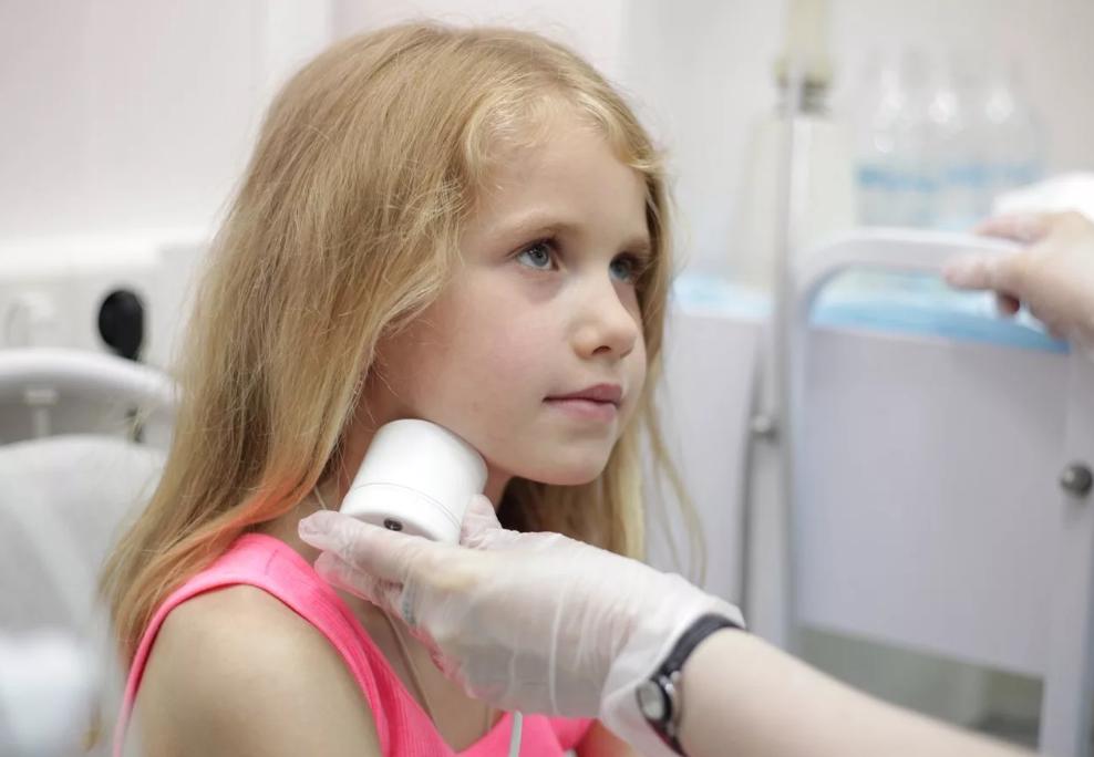 Способы лечения аденоидов у ребенка, советы комаровского