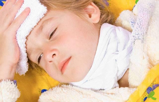 какие компрессы можно делать при кашле ребенку