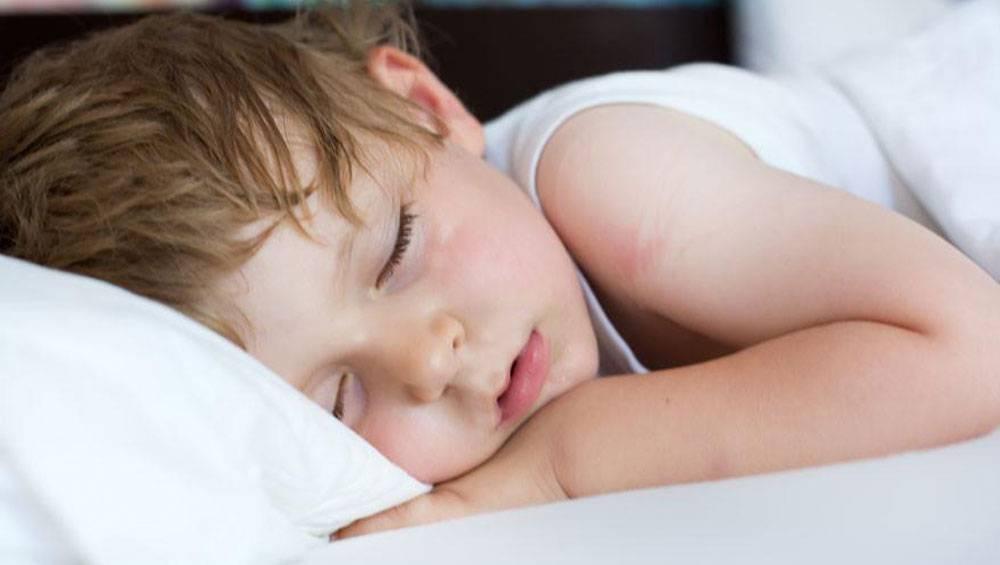 влажный кашель у ребенка ночью