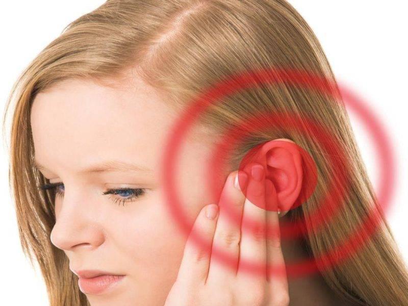 может ли закладывать уши при низком давлении