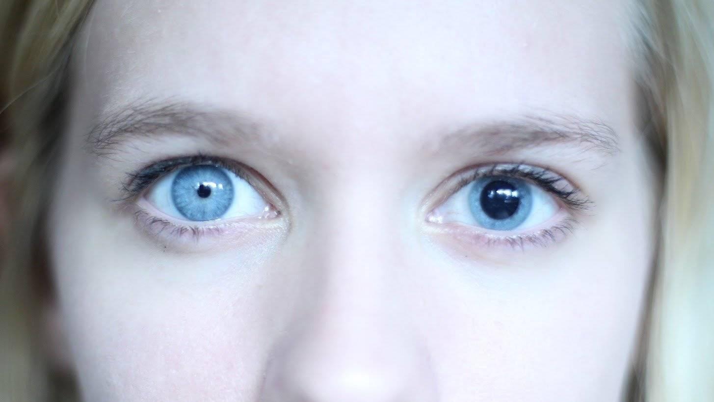 Почему двоится в глазах, что делать