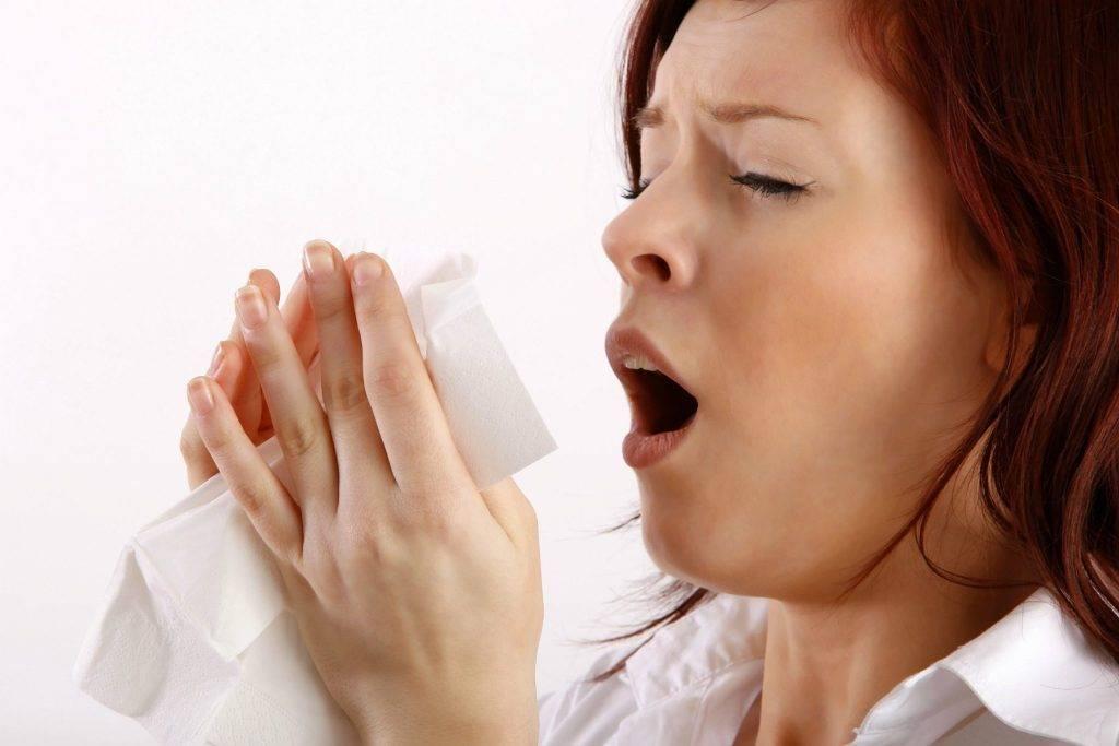 Чем лечить насморк с чиханием лечение