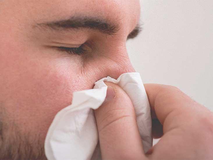 Почему в носу постоянно образуются корочки