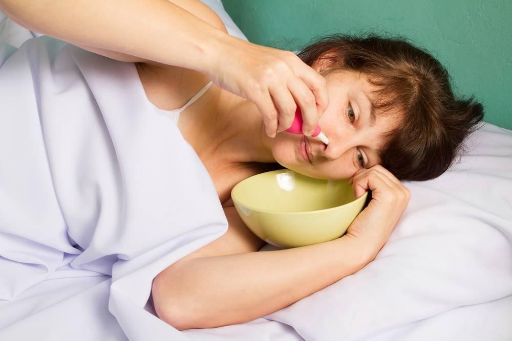 Как избавиться от насморка, соплей и заложенности носа