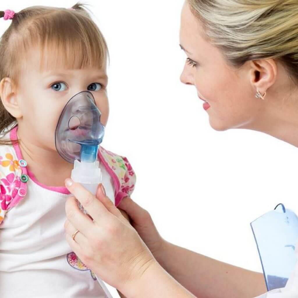 Ингаляции при насморке: с чем можно делать