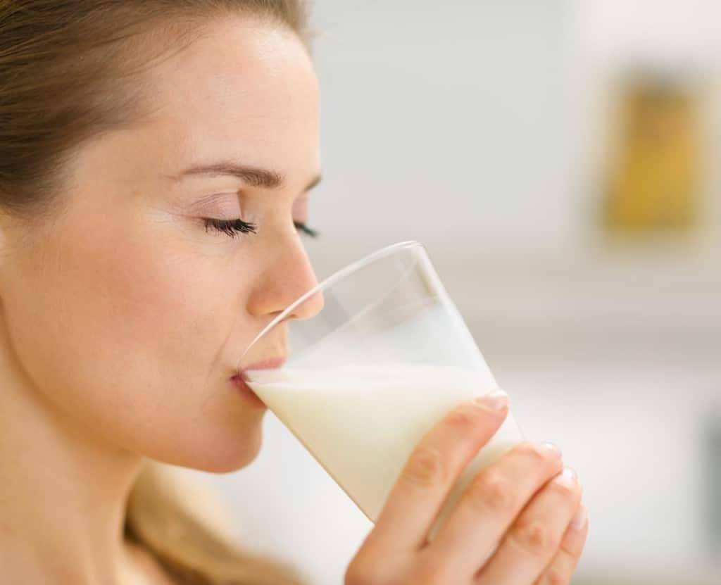 молоко мед и масло от горла